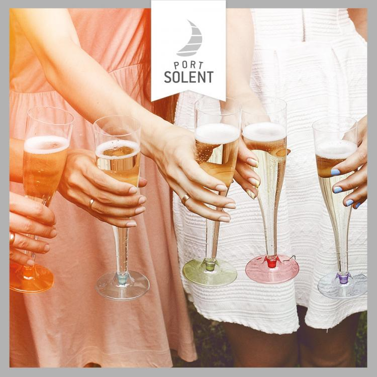 A glitzy evening of glamour and bubbles